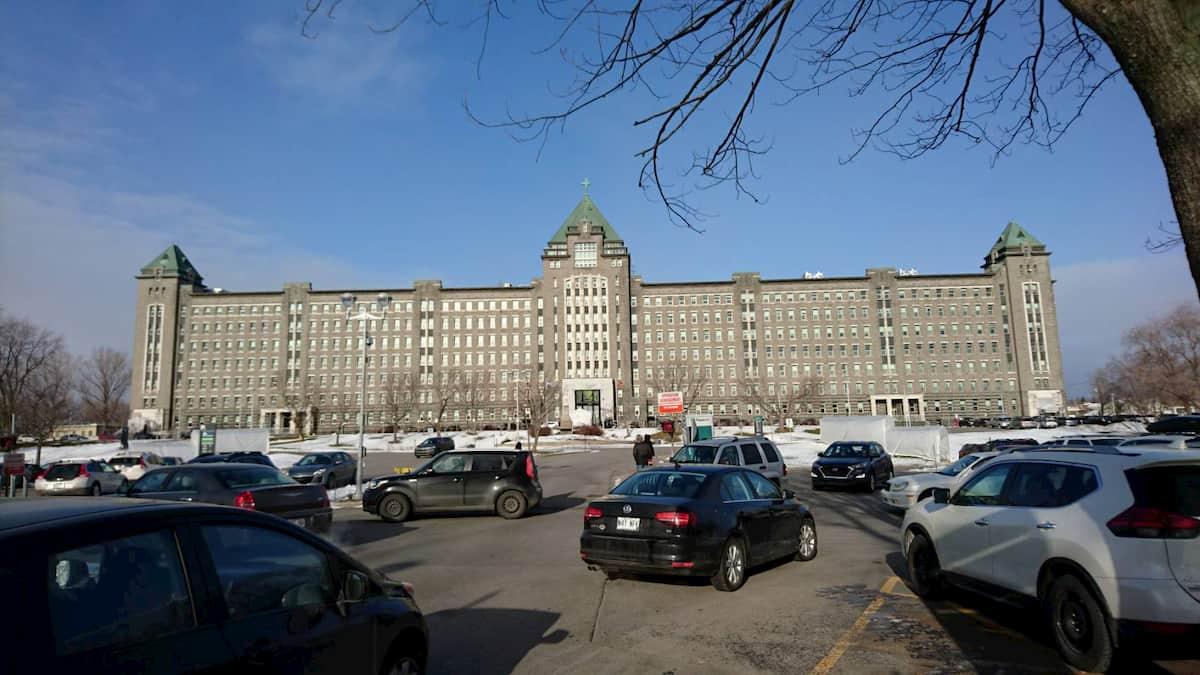 ケベックシティの予防接種の病院