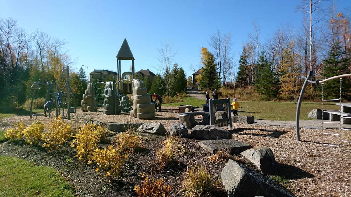 ケベックの子どもがあそべる公園