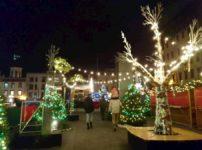 ケベックシティのクリスマスマーケットのイルミネーション