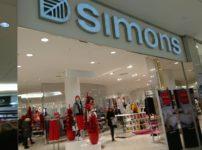 ケベックの流行発信源「Simons」で買い物