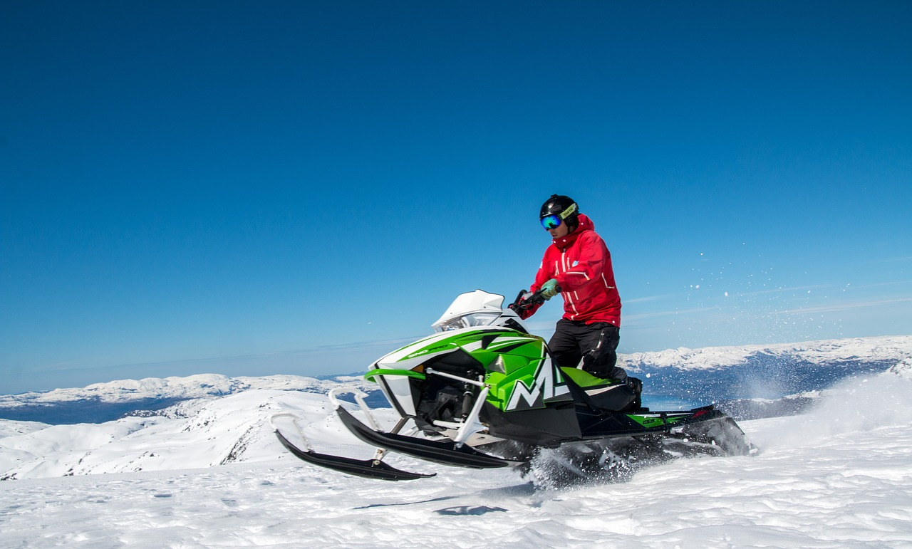 雪道のバイク