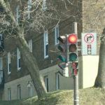 ケベックは赤信号でも進める?運転前に知りたい交通ルールと道路事情