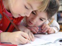 ケベックの医師が警告。コロナの自粛活動による子供の成長懸念