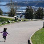 世界で最も子育てをしやすい町2年連続2位 他の国や町は?